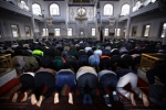 muslim-worshipers-in-australia[1]
